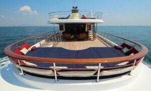 Mega Yacht Charter Gocek